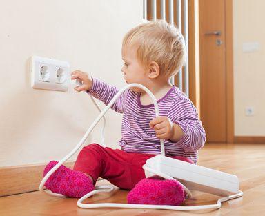 Das Baby Wird Mobil Zeit Die Wohnung Kindersicher Zu Machen