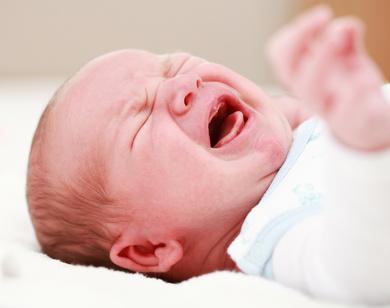 Baby Schreit Beim Hinlegen