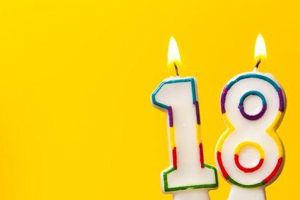 Ein Besonderes Geschenk Zum 18 Geburtstag Vaterfreudende Die