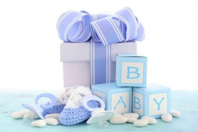 Die Besten Baby Geschenke Tipps Wie Man Jungen Eltern